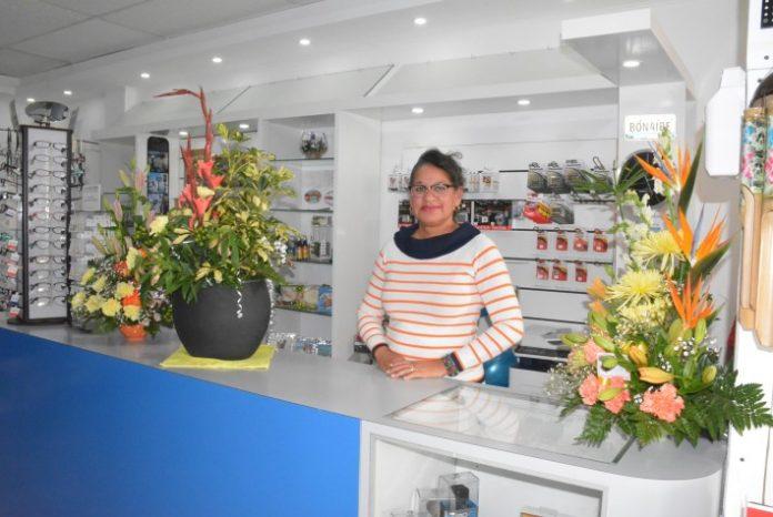 Mireida Cicilia propietario di Starfish Photo & Gift Shop