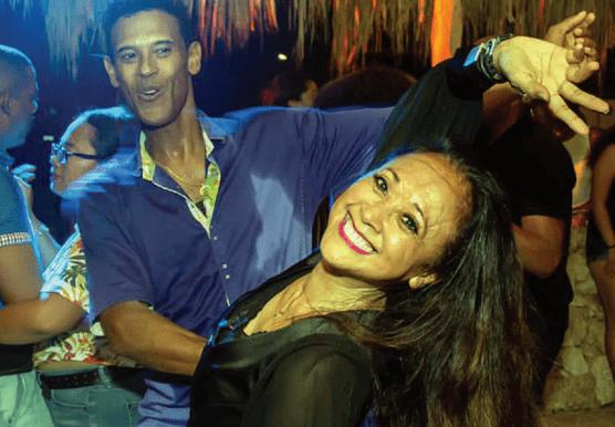 'Latin Dance Explosion' na Hillside